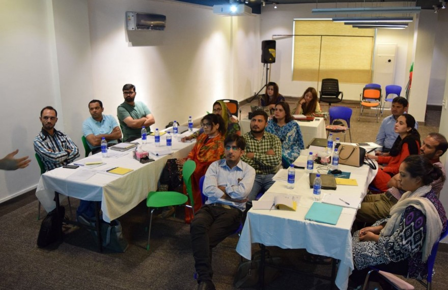#MediaForTransparency: Media Matters for Democracy successfully concludes it's data journalism training program reaching out to 45 investigative journalists in five cities